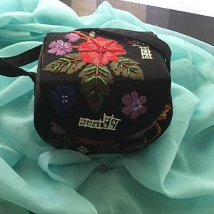 Vintage Black Purse w/ Embroidered colored flowers